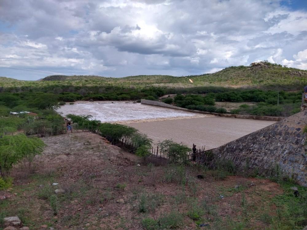 Com chuvas e barragens cheias, aumenta o risco de afogamentosCom chuvas e barragens cheias, aumenta o risco de afogamentos