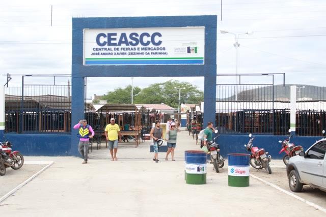 Novo decreto altera funcionamento das feiras de frutas e animais em Santa Cruz do Capibaribe e adota medidas mais restritivas