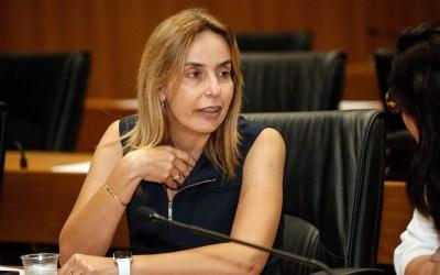 Projeto de Alessandra Vieira propõe adoção de medidas específicas para o descarte de máscaras