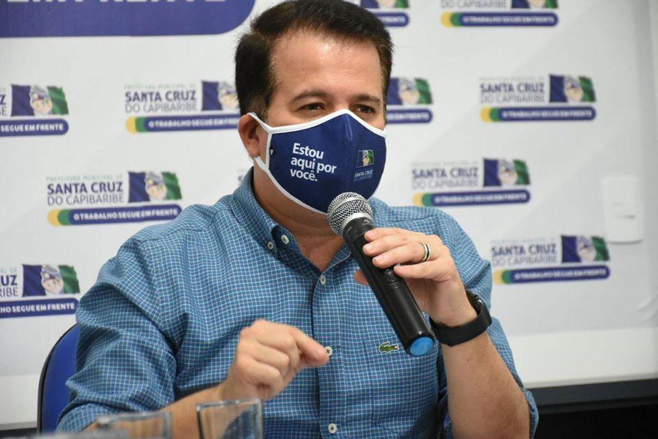 Em novo decreto, prefeito Edson Vieira estabelece reabertura de restaurantes e academias