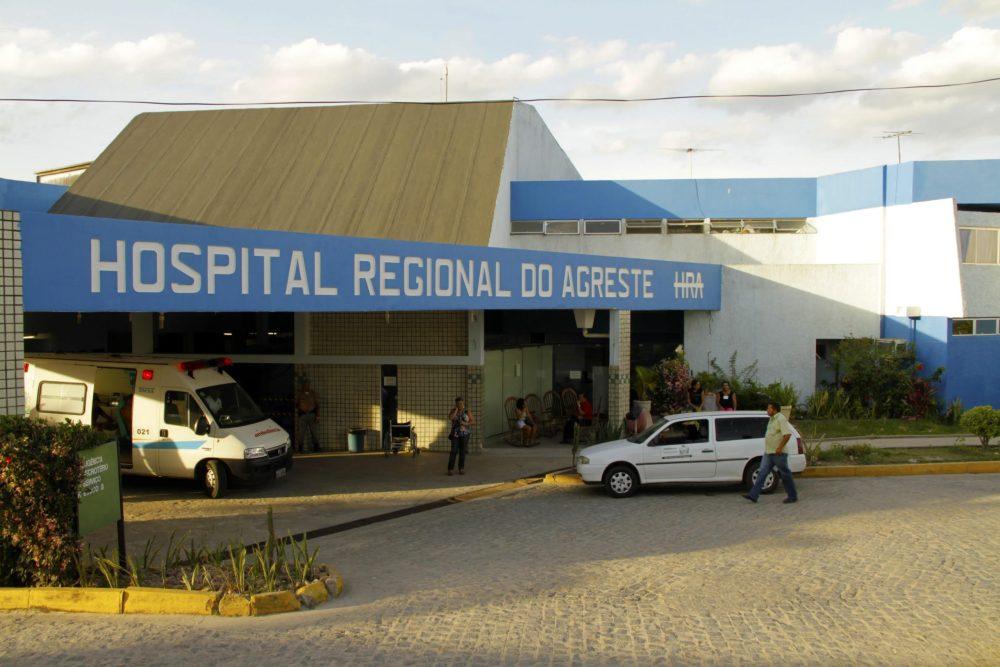 Homem que foi esfaqueado pelo irmão em Taquaritinga do Norte morre no HRA