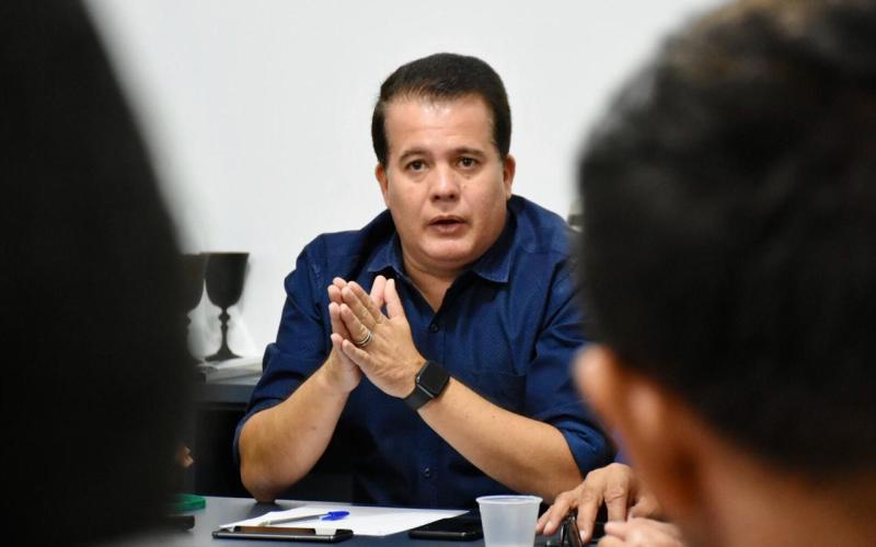Comércio fechado é dor de cabeça para prefeito de Santa Cruz do Capibaribe