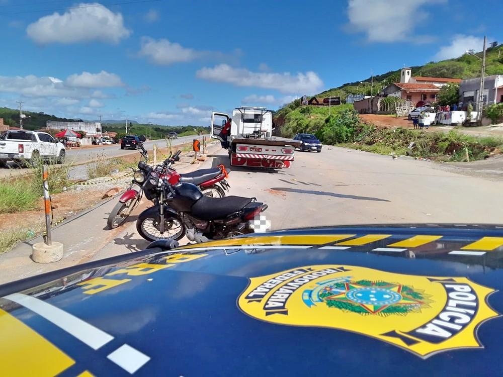 """Polícia Rodoviária Federal realiza """"Operação Feiras Clandestinas"""" no Agreste de Pernambuco"""