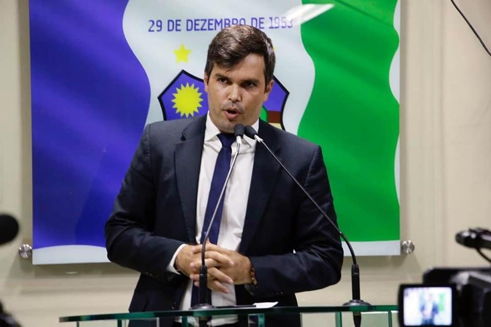 Helinho Aragão vivencia maior impasse desde que colocou o seu nome para candidatura majoritária