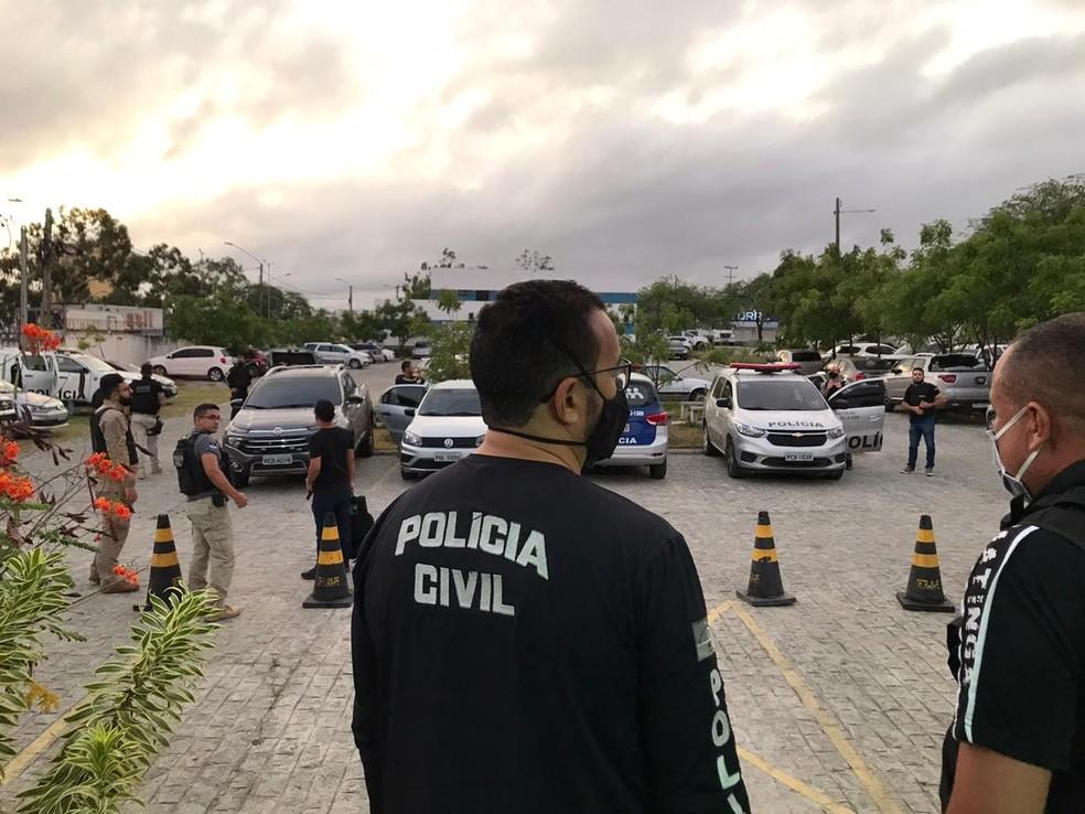 Em Toritama, operação da Polícia Civil prende dois comerciantes suspeitos de vender de produtos roubados