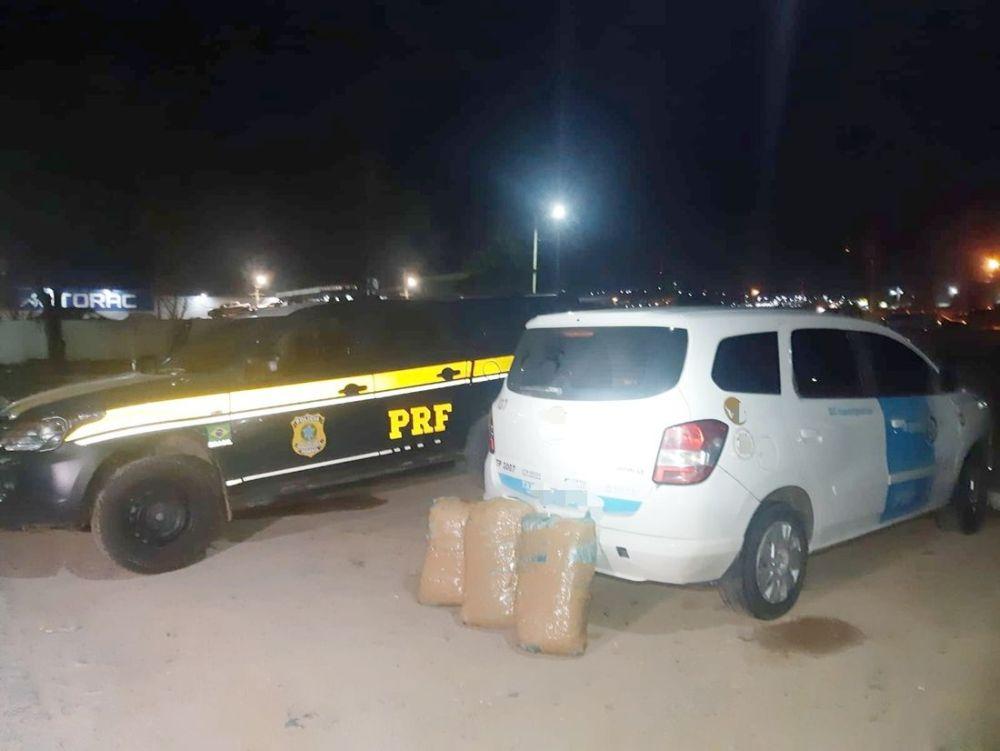 Taxista e passageira são detidos com quase 31 quilos de maconha em Caruaru