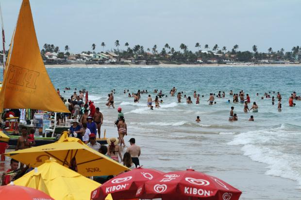 Governo de Pernambuco descarta a possibilidade de fechamento de praias