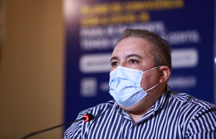 Secretário de Saúde de Pernambuco é multado pelo TCE por 'sonegação de informações'