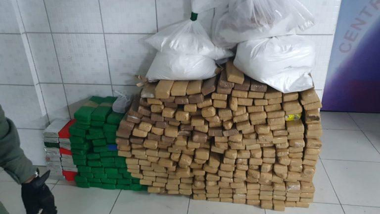 Polícia Militar apreende em Caruaru mais de 300 quilos de maconha e 15 quilos de cocaína