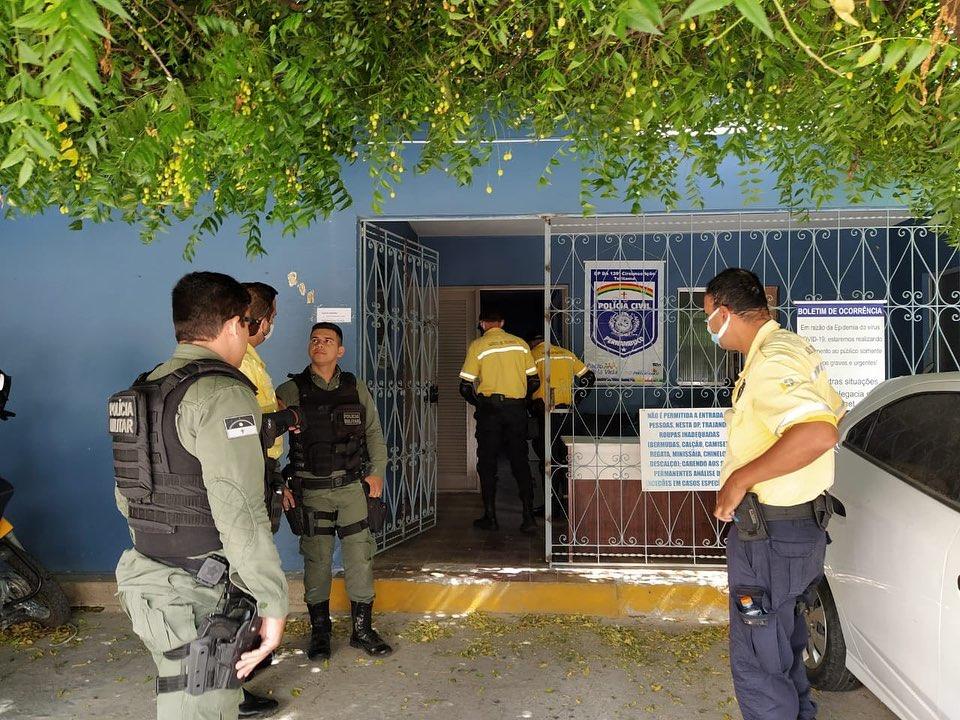 Motorista é detido após ameaçar agentes de trânsito em Toritama