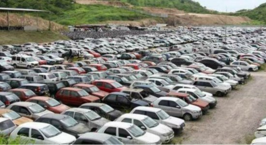 Detran-PE realiza leilão de 376 carros e motos sucatas e conservados nesta sexta-feira (29)