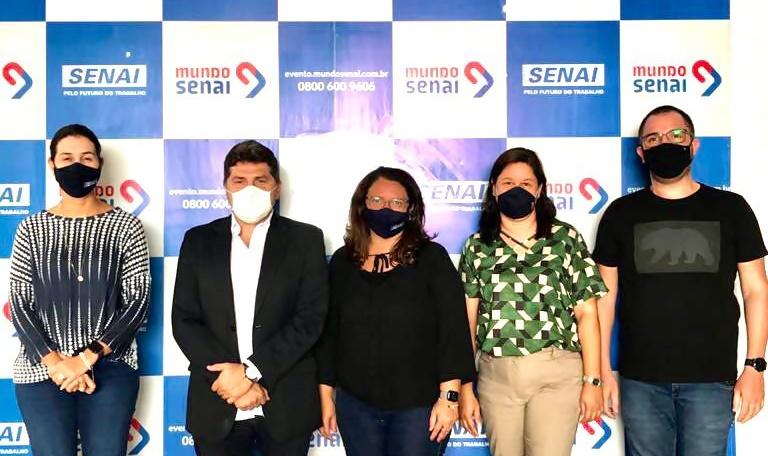 Santa Cruz firma parceria com o SENAI e SEBRAE para realização de cursos profissionalizantes