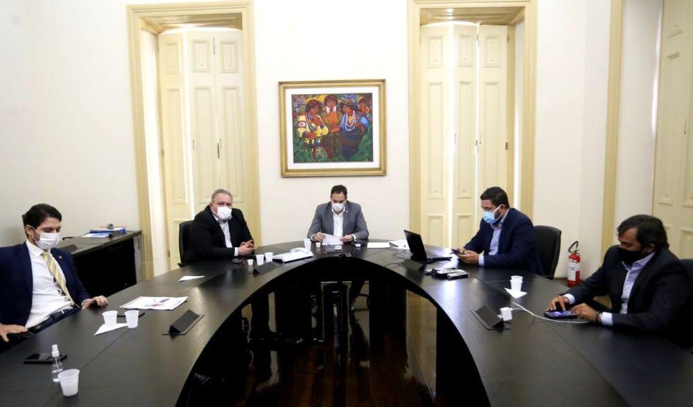 Governo de Pernambuco confirma que 270 mil doses da CoronaVac chegam ao Estado nesta segunda (18)