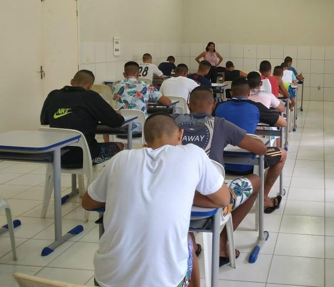 Em Pernambuco, 78 jovens da Funase farão provas do Enem a partir desta terça
