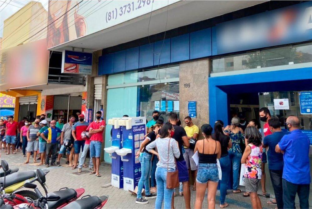 Em decisão da Operação Fila Zero, PROCON de Santa Cruz do Capibaribe multa agências bancárias e dos Correios