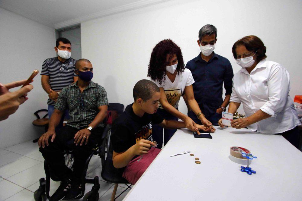 Prefeitura inicia emissões da carteira de identificação da pessoa com autismo