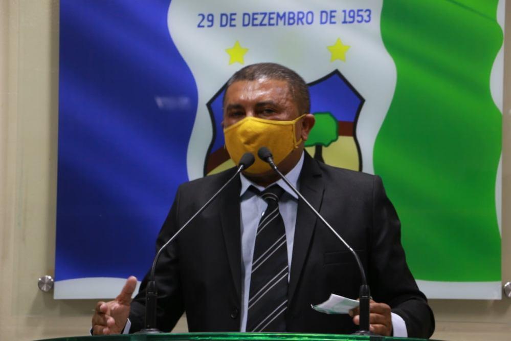 Vereador Nego Zé da Cohab relembre trajetória como servidor e agradece votação recebida