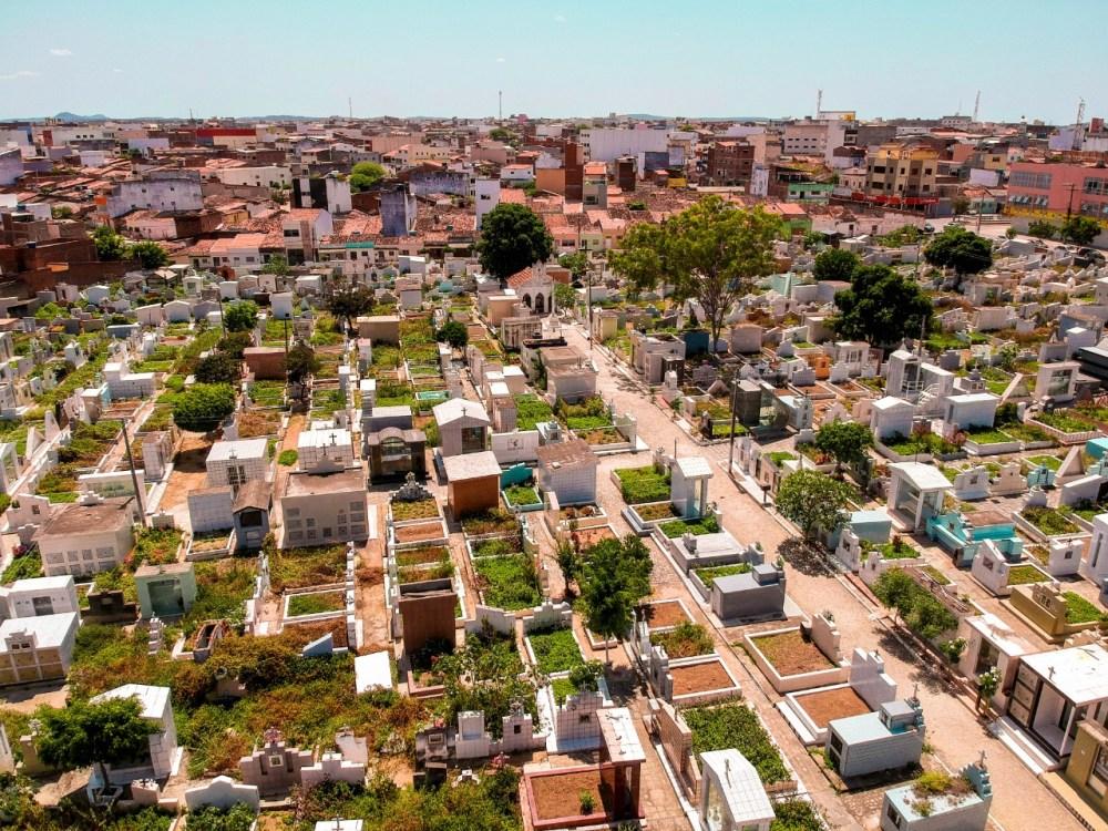Vereadores de Santa Cruz do Capibaribe aprovam requerimento que prevê a criação de três novos cemitérios