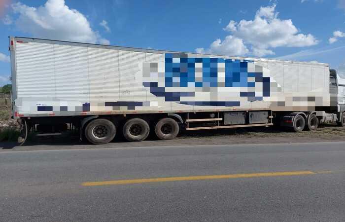 Motociclista morre após colisão com caminhão em São Caetano