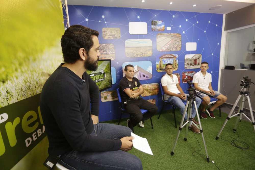 Arena Debate recebe nomes do futsal e discute Olimpíadas