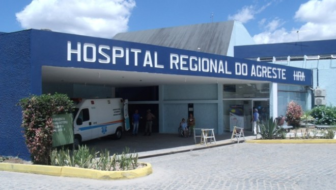 Homem baleado em Santa Cruz do Capibaribe foi levado para o HRA, em Caruaru