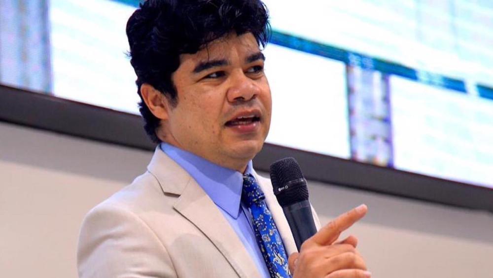 """Samuel Mariano deixa redes sociais após ser acusado de infidelidade: """"Até daqui a um tempo amigos…"""""""