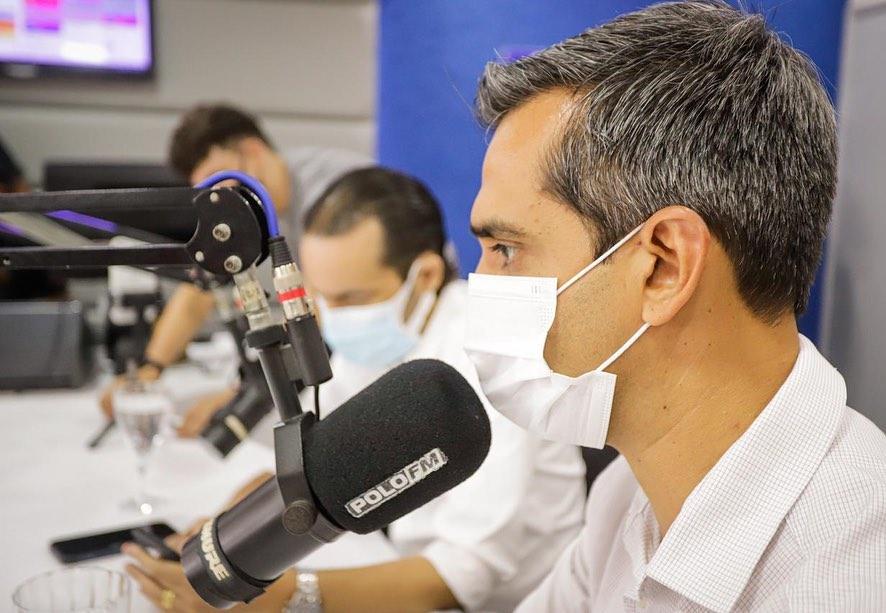 """Gestão aposta no """"Fala Prefeito"""" no rádio santa-cruzense"""