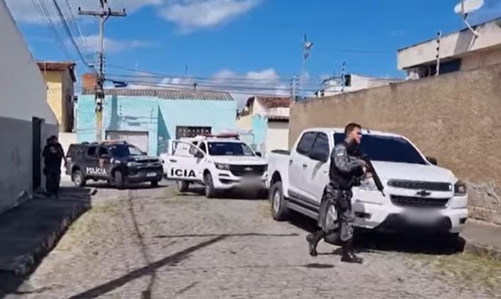 Comerciante é sequestrado em Santa Cruz do Capibaribe juntamente com veículo repleto de mercadorias