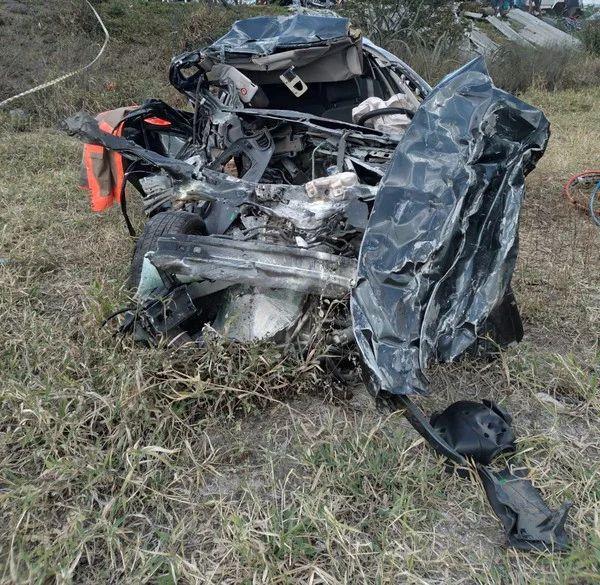 Casal e uma criança ficam feridos após acidente na BR-232