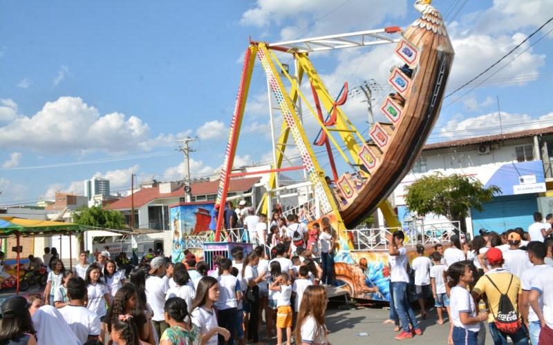 Vice-prefeito de Santa Cruz diz que parques voltarão para Avenida Padre Zuzinha durante festividades tradicionais