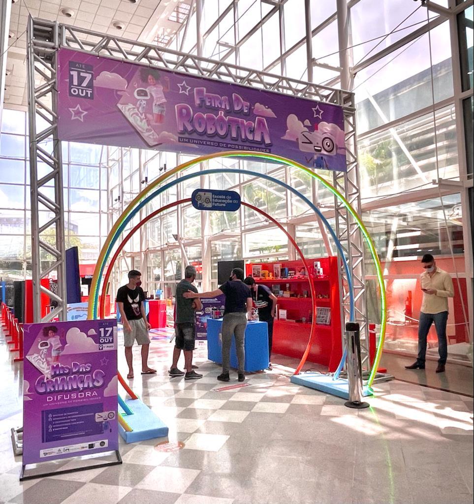 Feira de Robótica leva tecnologia e interatividade ao Shopping Difusora, em Caruaru