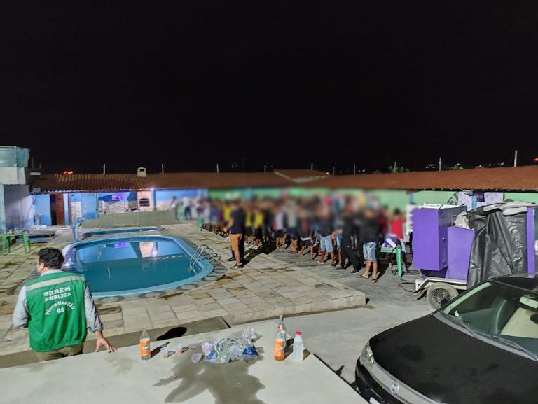 Fiscalização Integrada encerra festa com cerca de 300 pessoas em Caruaru