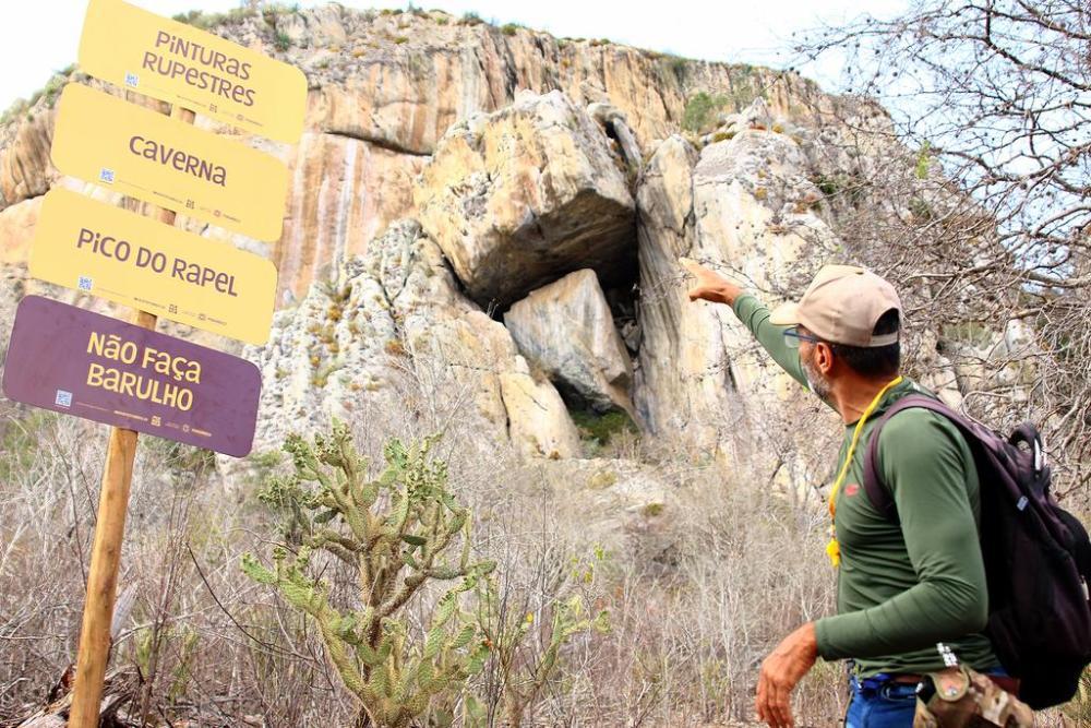 Serra do Pará recebe placas de Monumento Natural