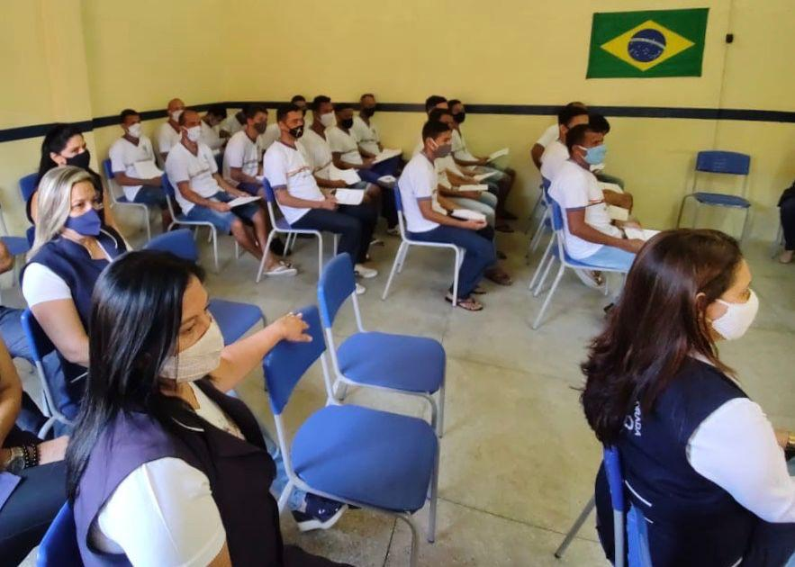 Vinte e dois reeducandos do Presídio de Pesqueira concluem o ensino fundamental