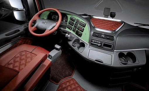 Interior - Mercedes-Benz 1860 Trust Edition