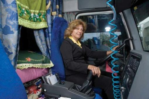 A catarinense Maria Goretti leva o gosto pela estrada no sangue. Filha de caminhoneiro, ela foi concebida e passou parte da infância dentro de uma carreta