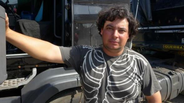wagner_oliveira_truck_driver