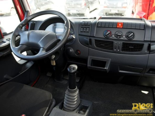 Iveco Tector Stradale (2)