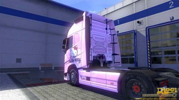 Volvo-FH-2012-Hello-Kitty-pink-skin2