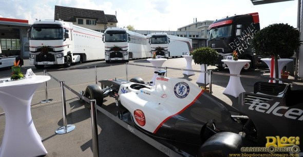 sauber_f1-team_renault_trucks_2014_1