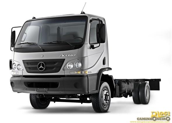 Mercedes-Benz Accelo 815 (2)