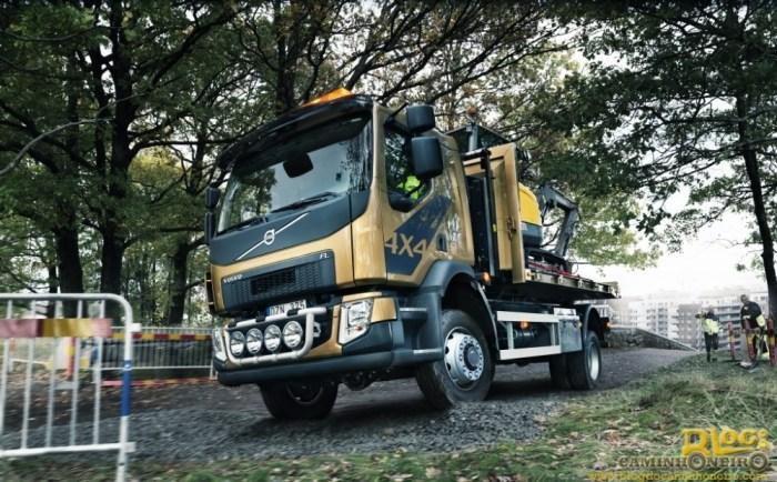 Volvo FL 4x4 (2)