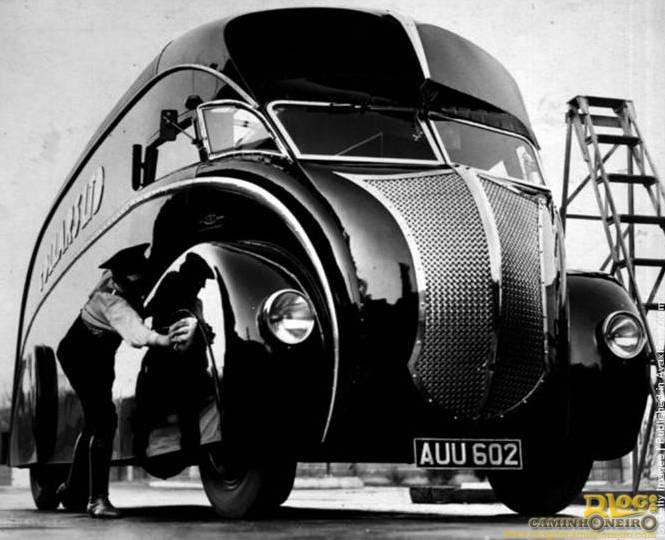 Commer 1933 streamline
