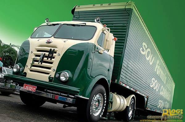 FNM D-11000 - Formula Truck (1)