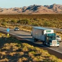 Empresas dos Estados Unidos precisam de 50 mil caminhoneiros, com salários anuais de até 73 mil dólares