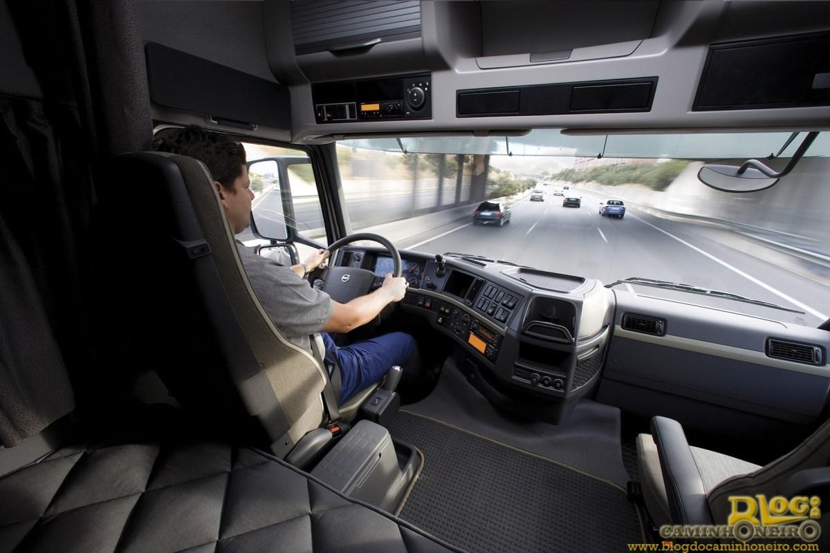 Detran SP alerta motoristas que exercem atividade remunerada