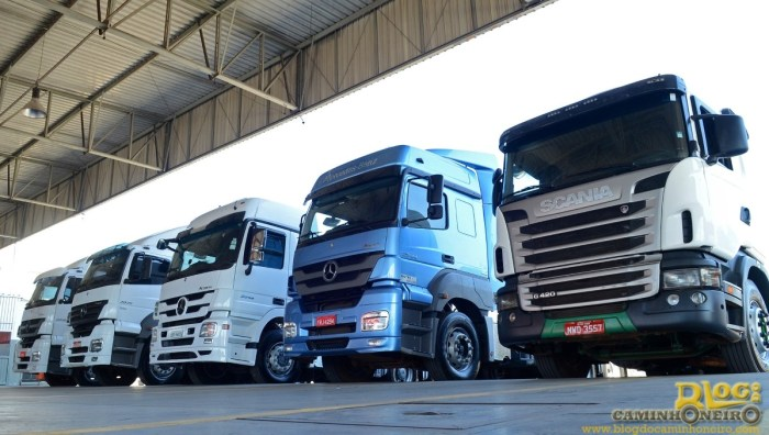 selectrucks mercedes benz seminovos (1)