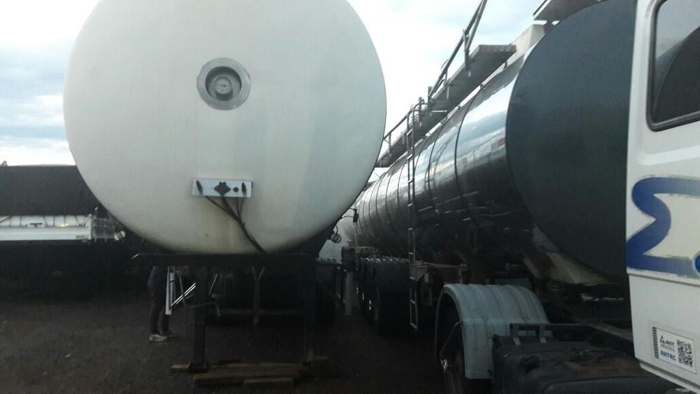 Polícia localiza carretas e pneus roubados em transportadora de Jaú-SP