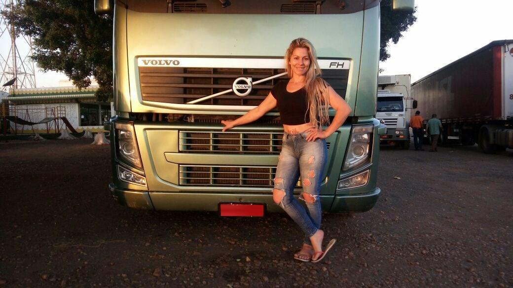 Mulheres caminhoneiras: como enfrentar o preconceito nessa profissão?