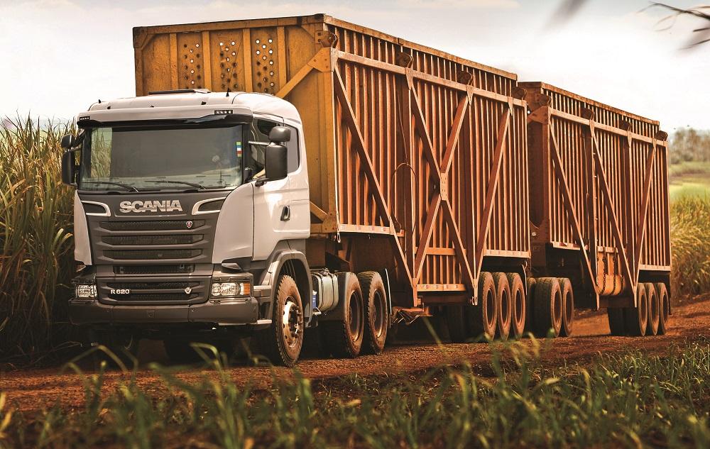 Scania apresenta R 620 V8 6x4 para tracionar Super Rodotrem de 91 toneladas